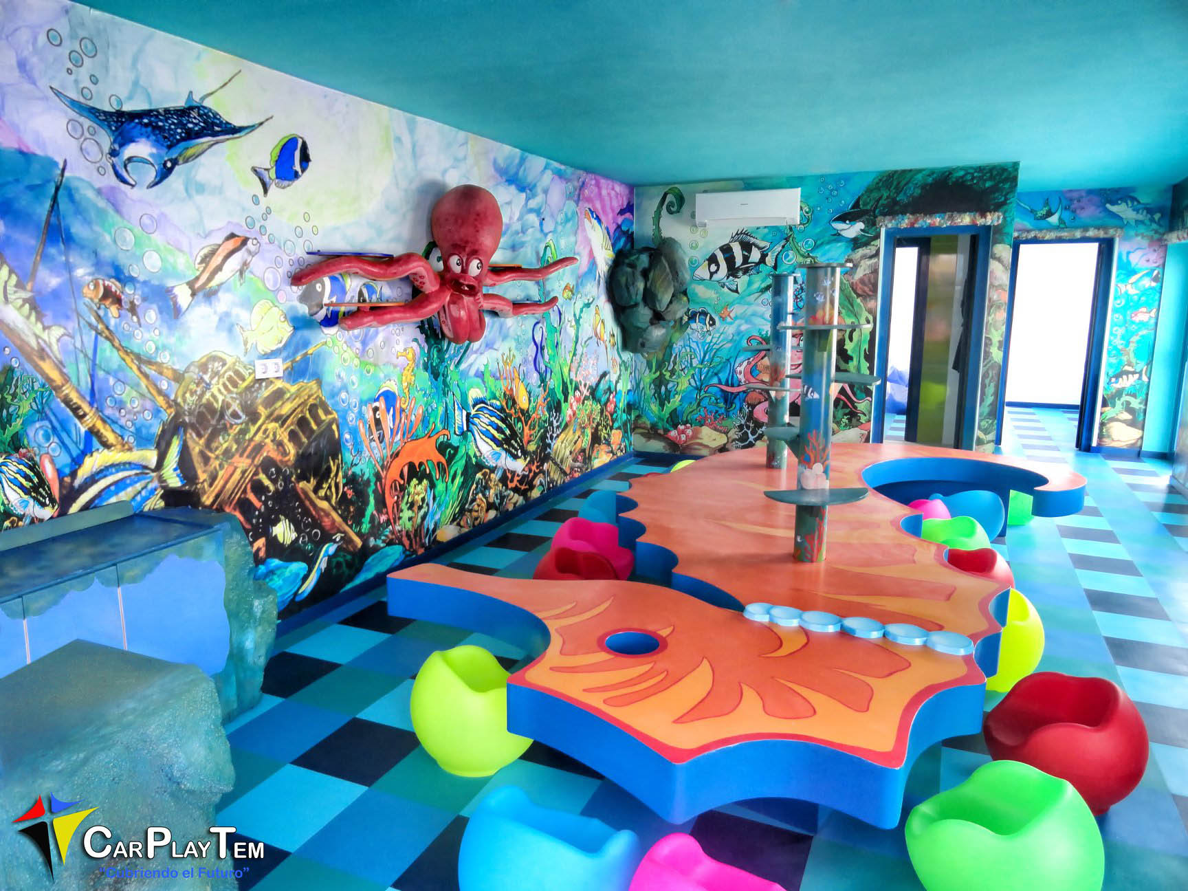 Miniclub en el Hotel Lanzasur Club. Aqualia Water Park.Grupo Relaxia en Lanzarote.