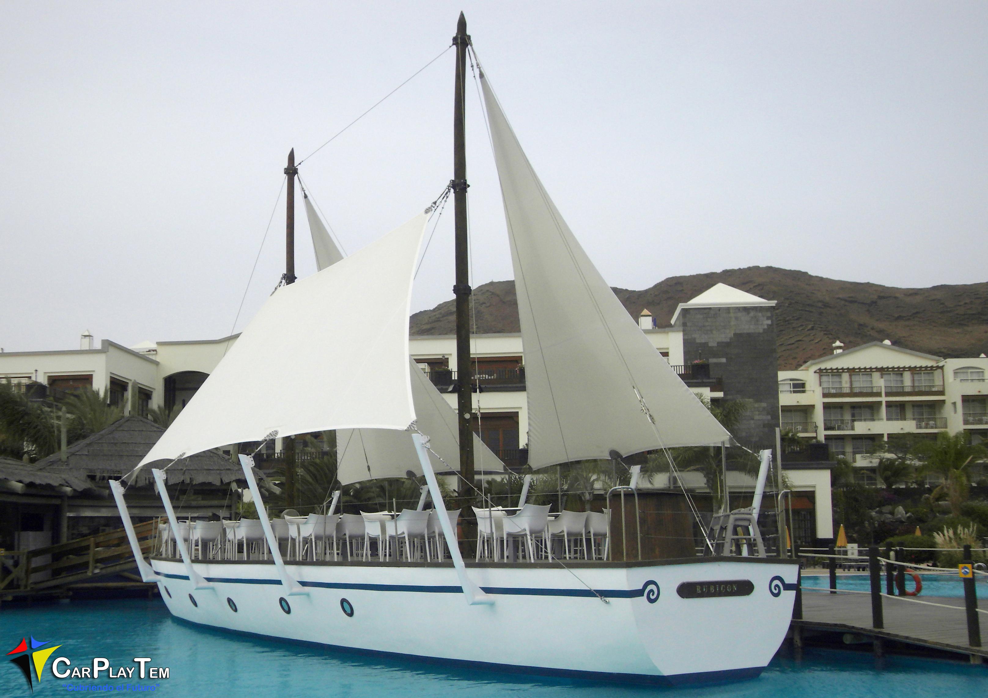 Velas Barco Restaurante Piscina en Hotel H10 Rubicon. Playa Blanca.Lanzarote